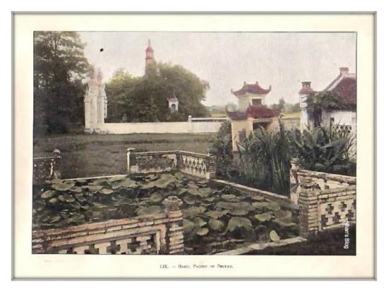 001.Hà Nội. Cảnh hồ Hoàn Kiếm nhìn từ đền Ngọc Sơn