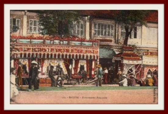 Đám tang trên đường phố Sài Gòn