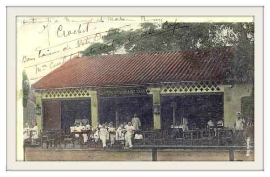 Cafe trên đường phố Vũng Tầu