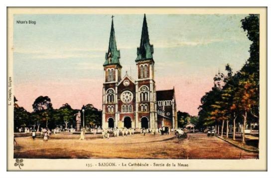 SÀI GÒN-Nhà thờ Đức bà, tan khóa lễ