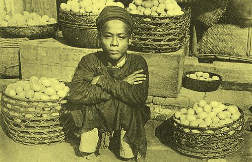 Hàng bán trứng