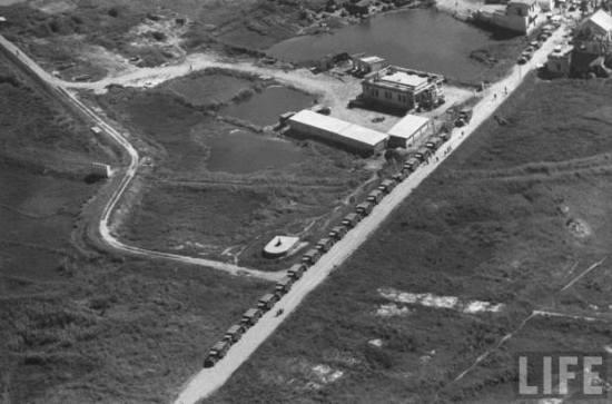 Binh sĩ Quốc gia VN rút từ Nam Định về Hà Nội, tháng 7/1954