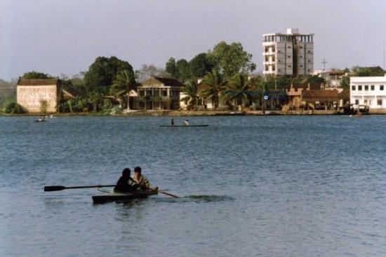 Hồ Tây – Hà Nội 1990