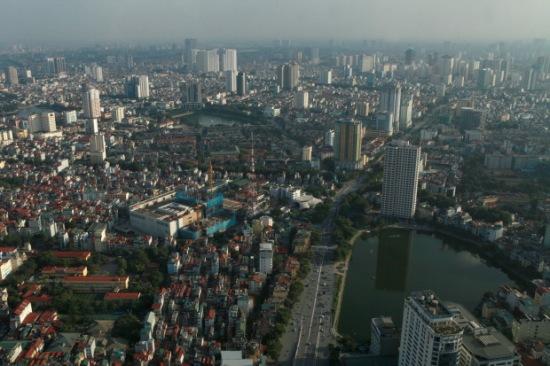 Hà Nội nhìn từ tầng 65 Lotte Center.