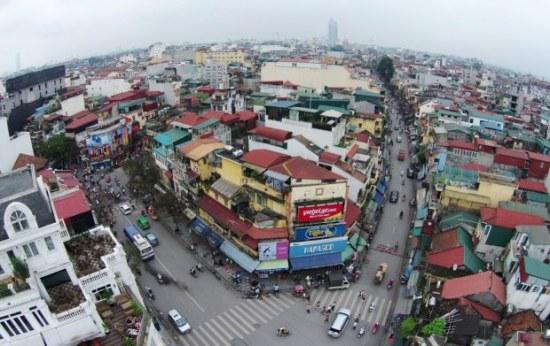 Một góc phố cổ Hà Nội nhìn từ trên cao. Khu vực này thuộc địa bàn các phường Hàng Bông, Hàng Đào (quận Hoàn Kiếm).