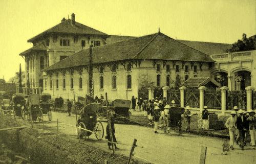 Trường Grand Lycée (sau được đổi tên là trường Albert Sarraut)