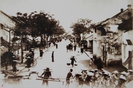 Phố Hàng Bông 1895-1896