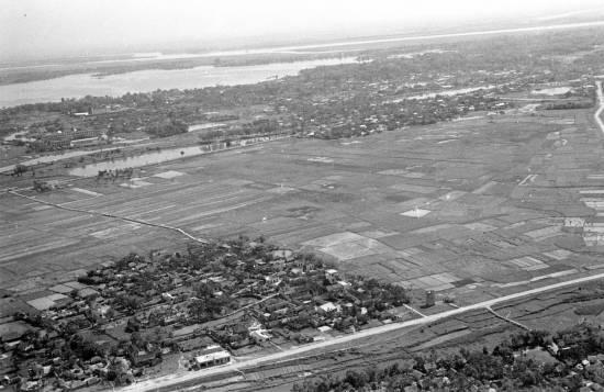 004-1950 Aerial view of HANOI7_o