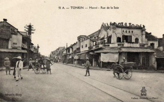 004.Toàn cảnh phố Hàng Ngang nhìn từ phố Hàng Đào