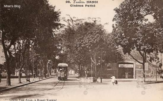 Năm 1921, chủ rạp Arte còn xây thêm một rạp nữa là Tonkinois (nay là Đoàn Ca múa Hà Nội phố Lương Văn Can), khánh thành 12 tháng 6 năm 1921.