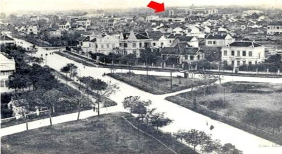 006.Đường Điện Biên Phủ ngày nay (xa xa là khu vực Cung Hữu Nghị Việt-Xô ngày nay)1