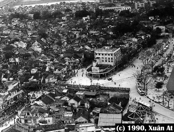 Kết quả hình ảnh cho phố Đinh Tiên Hoàng 1990