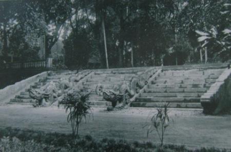 008.Bậc thềm điện Long Thiên (1928)