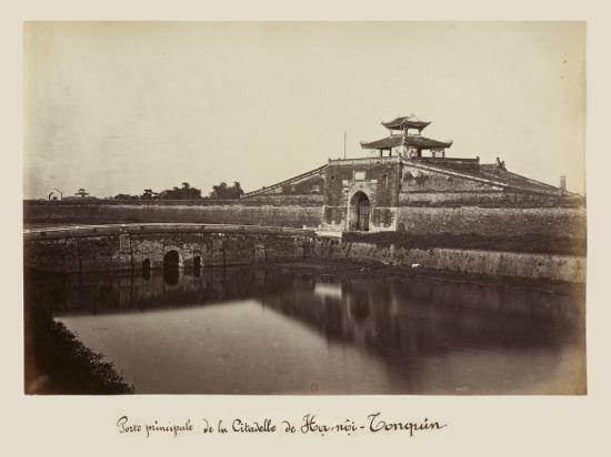 008.Cửa Bắc Thành Hanoi năm 1884 - ảnh chụp của BS Hocquard