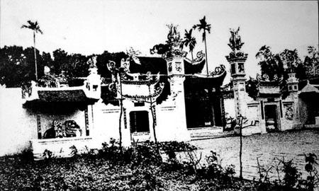 00m.Một ngôi chùa ở Hà Nội