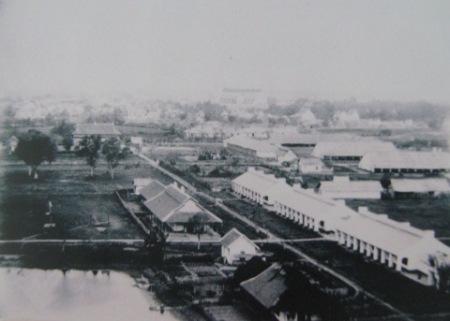 011.Một phần tư phía Đông Nam - trại lính và đội bộ binh (1895)