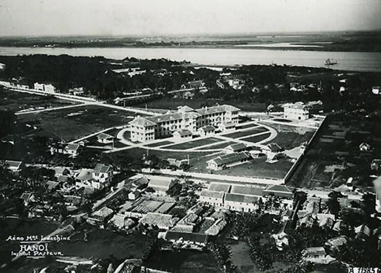 011.Viện Pasteur - một công trình kiến trúc ở vị trí góc phát triển phía Đông Nam khu phố cũ