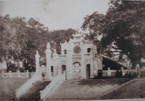 Đền Quán Thánh năm 1895.