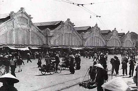 022.Vui nhất chợ Đồng XuânChợ Đồng Xuân (ảnh chụp năm 1956)
