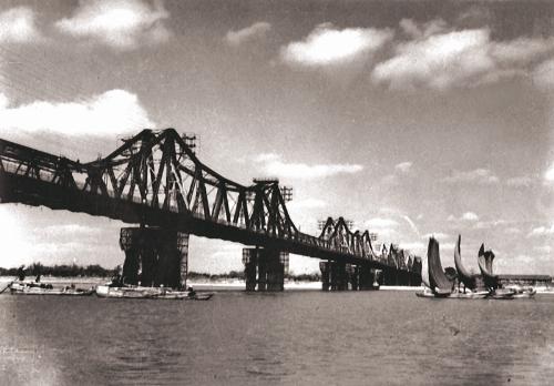 026.Cầu Long Biên (1958).