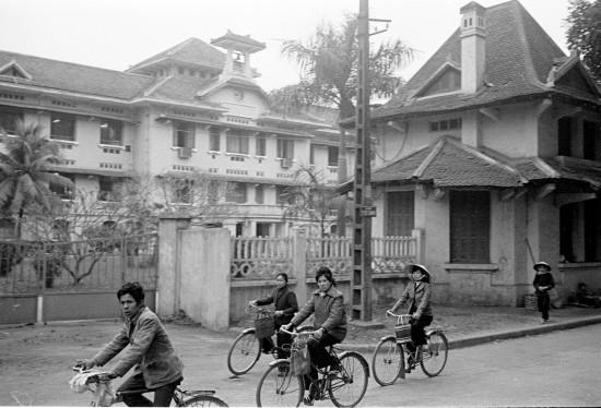 034HANOI 1979-Institut Pasteur de Hanoi.