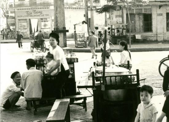 038.Góc phố Cửa Đông - Nhà Hỏa, Hà Nội.