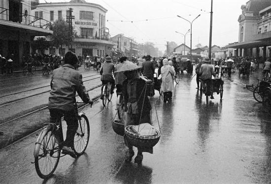 039-HANOI 1979-phố Lê Duẩn-Ga Hàng Cỏ2