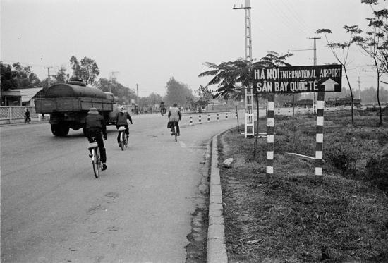 040-HANOI 1979_Ngã ba Cầu Chui