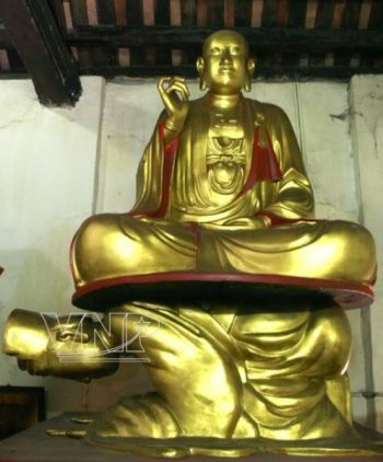 Chùa Hoè Nhai (Hồng Phúc Tự) nổi tiếng với bức tượng Vua xám hối.