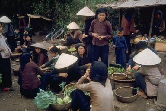 anh-mau-cuc-hiem-ve-mien-bac-viet-nam-nam-1967-3