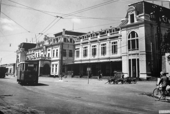Cảnh quan tuyến phố này từ đầu đường Nam Bộ-Điện Biên Phủ đế đầu phố Khâm Thiên đã hoàn chỉnh hạ tầng kỹ thuật đô thị, đường tầu điện cũng chở nên quen thuộc với tuyến đường này.