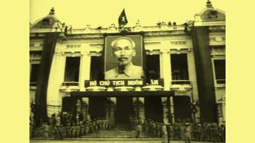 Mít tinh tại quảng trường ba đình chào mừng quân đội về tiếp quản thủ đô