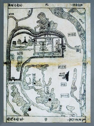 001.Bản đồ Thăng Long theo Hồng Đức Địa Dư, năm 1490.