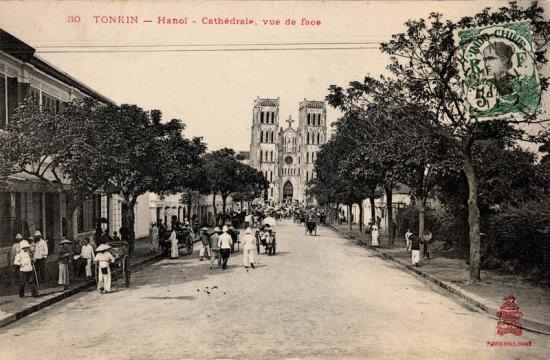 Nhà Thờ Lớn Hà Nội khánh thành vào năm 1887.