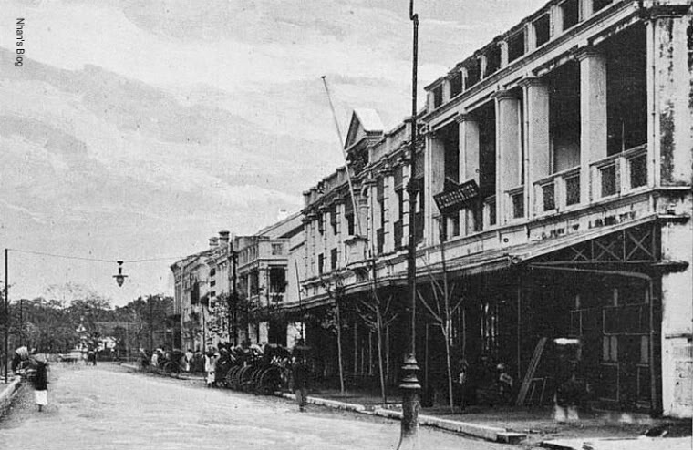 Image result for Đại lộ Paul Bert (nay là phố Tràng Tiền) Hà Nội