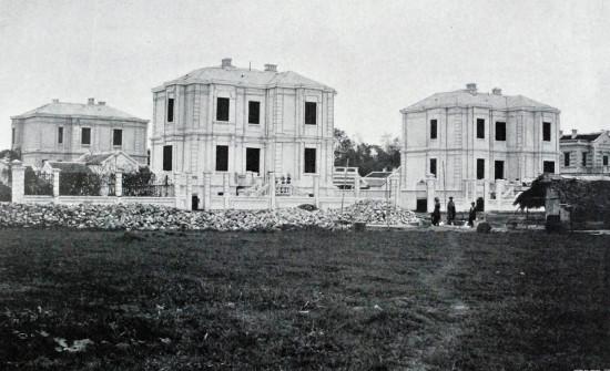 Các khu nhà do anh em Debeaux xây dựng ở Hà Nội.