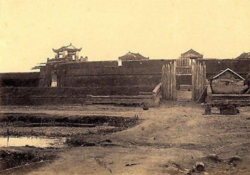003.Cửa Nam của thành Sơn-Tây