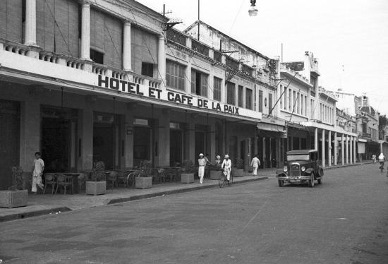 003.Hanoi 1940 - Rue Paul Bert