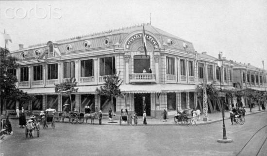 1903, Hanoi, Vietnam --- Maison Godard Department Store, Hanoi, 1900 --- Image by © Leonard de Selva/Corbis