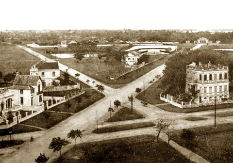 004a. .Đường Điện Biên Phủ nhìn về phủ chủ tịch ngày nay - 1907