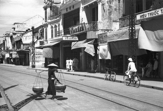 HANOI 1940 - Rue de la Soie - Phố Hàng Đào