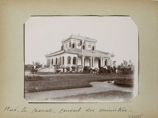 007.Hue (1896-1900) – Les Co-mat – Conseil des ministres