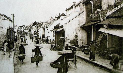007.Những người đi chợ xưa ở hà nội