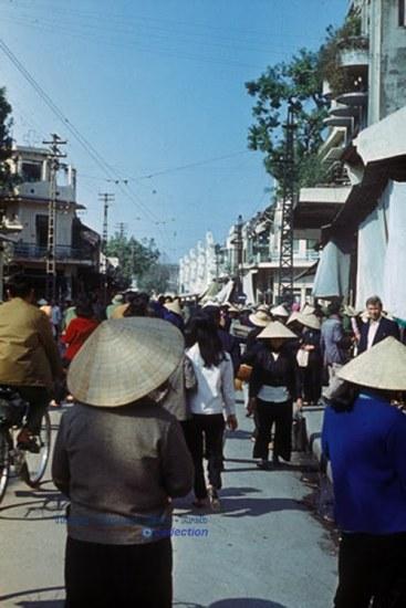Phố Hàng Đường, Hà Nội tháng 10 năm1977
