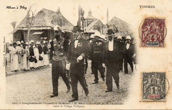 Ông Le Lorrain tháp tùng toàn quyền Beau thăm làng Philippin