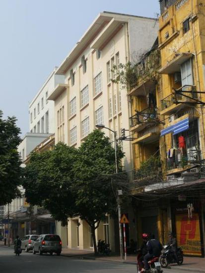 Veston Phú Hưng trong ảnh cũ chỉ là ngôi nhà 2 tầng
