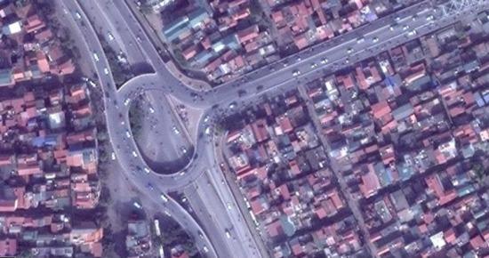 Nút giao thông đầu cầu Chương Dương