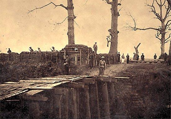 011.Cổng làng Trạch-Mai