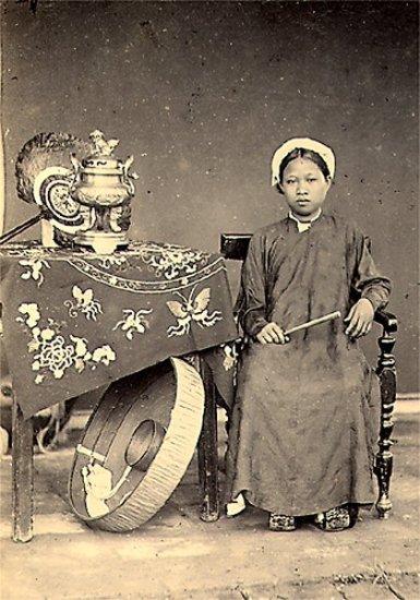 011.Con gái Hà Nội
