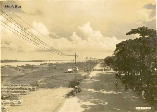Con đường được chụp từ trên cao - cầu Long Biên